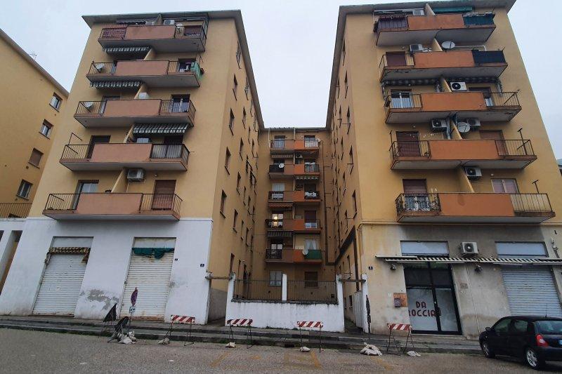http://ilquadrifoglio.ts.it/images/immobili/800x533/bzEpPNA.jpg