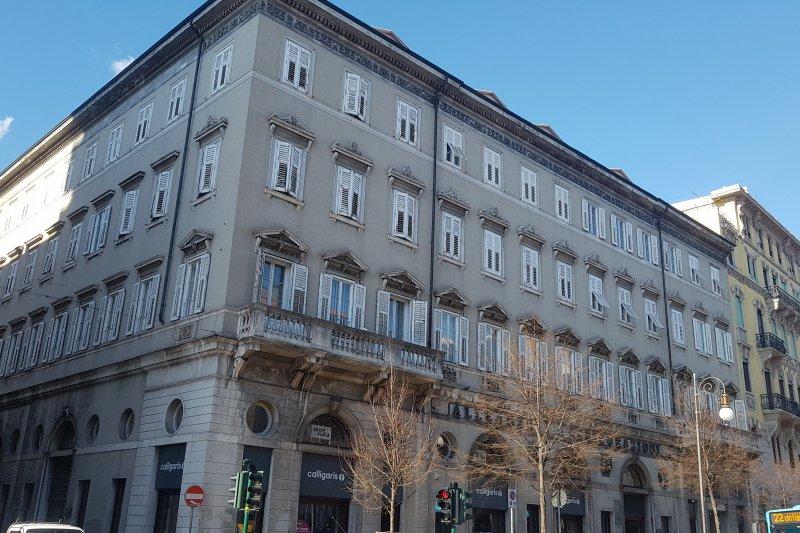 http://ilquadrifoglio.ts.it/images/immobili/800x533/wMKZrgH.jpg