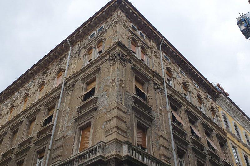 http://ilquadrifoglio.ts.it/images/immobili/800x533/x9Lsx58.jpg